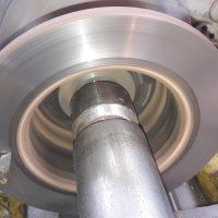 Stabdžių diskų tekinimas Vilniuje kaina 15 EUR už 2 vnt. iki 250 mm skersmens.